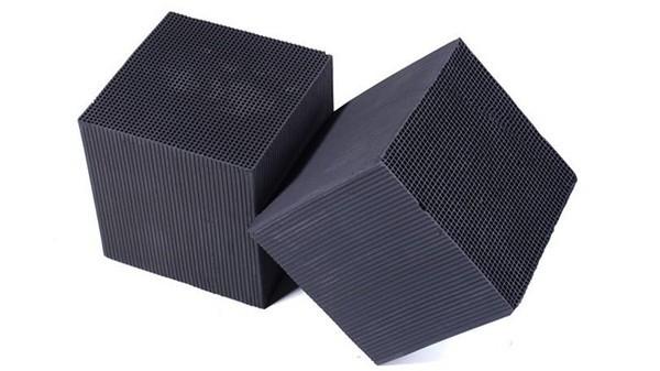 蜂窝活性炭可广泛应用于各种气体净化设备及废气治理工程中